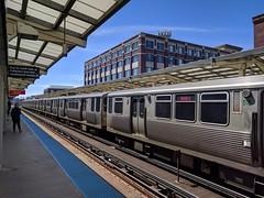 Waiting (ancientlives) Tags: chicago illinois il usa redline l train trainstation cta travel transit bluesky fullerton station april 2018 spring wednesday city cityscape