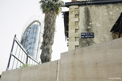 Beyrouth (Alexandre REMY // Charleroi) Tags: rouge beyrouth beirut liban lebanon fujinon fujinonxf1855 streetphotography street fujifilm travel xpro2 fujixpro2 fuji