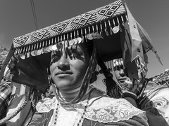 Woman, Señor de Qoylloriti (glennlbphotography) Tags: americalatina peru perú pérou qosqo southamerica altitude andean andes andin gente glacier incas landscape montagne mountains people pilgrimage pélerinage qoylloriti señordeqoylloriti tradition traditionnal travel viagem viaje view voyage woman mujer peruana