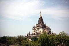 Bagan (mbphillips) Tags: မြန်မာ ပုဂံ fareast southeastasia ミャンマー 미얀마 缅甸 緬甸 asia アジア 아시아 亚洲 亞洲 myanmar burma မြန်မာနိုင်ငံက mbphillips sigma18200mmf3563 canon450d geotagged photojournalism photojournalist 蒲甘 바간 bagan gawdawpalintemple ကောတော့ပလ္လင်ဘုရား buddha buddhism 불교 佛教 budismo temple buddhist