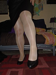 Shiny Tights (Misses Magpie) Tags: shinypantyhose shinytights pantyhose tights nudepantyhose nudetights