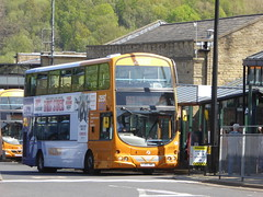 First West Yorkshire 32539 YJ05 VWG on 503, Halifax Bus Stn (sambuses) Tags: firstwestyorkshire zest 32539 yj05vwg
