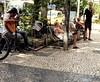 música em qualquer tempo (luyunes) Tags: gente rua cenaderua música cenário fotografiaderua fotoderua music streetscene streetphotography streetphoto streetshot streetlife mobilephoto mobilephotographie motozplay luciayunes