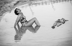(Magdalena Roeseler) Tags: street streetphotography people travel bw sw monochrome water swimming happy olympus candid