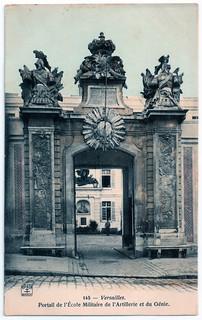 Versailles - Portail de l'Ecole Militaire de l'Artillerie et du Génie