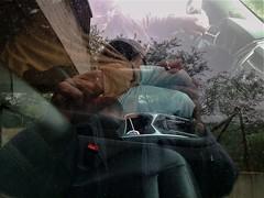 Selfie panaché (Gilbert-Noël Sfeir Mont-Liban) Tags: selfie autoportrait autoritratto selbstbildnis selfportrait photoportrait reflets reflections voiture car ami freund friend kesserwan montliban liban mountlebanon lebanon moi me claude