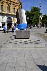 EL GREMI DE LLIBRETERS DE VELL DE CATALUNYA A LA CIUTAT DE BARCELONA. SETEMBRE DE MCMXCIV (Yeagov_Cat) Tags: 2018 barcelona catalunya monument passeigdegràcia granviadelescortscatalanes 1994 ciutatdebarcelona gremidellibretersdevell gremidellibretersdevelldecatalunya joanbrossa josepplanarbona mcmxciv setembre setembredemcmxciv