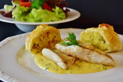 Sai come cucinare dei filetti di Lucioperca? Ecco una ricetta speciale (Cudriec) Tags: consigli ingredienti lucioperca patate pesce ricetta salsa