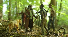 Ezekiel and Shiva (rodstoybox) Tags: thewalkingdead fearthewalkingdead walkingdead zombies ezekiel shiva dale andrea mcfarlane 5inch toys figures walkers