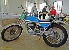Bultaco Sherpa: the mythical motorcycle of the 60s (Domènec Ventosa) Tags: bultaco motocicleta trial cros competición historia clásica sherpa mítica motorcycle competition history classical mythic
