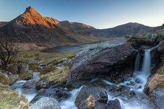 Tryfan May 2018 (markwalkerphotographer) Tags: capelcurig wales canonuk tryfan leefilters snowdonia northwales ogwenvalley landscape mountains sunset cymru manfrotto snowdon stream rocks mountain