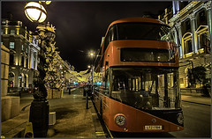 Big Red Bus (aumbody images) Tags: london christmas england november bus red ska 2017 80d lights christmaslights pallmall greatbritain unitedkingdom doubledeckerbus mademesmile longexposure bigredbus strangetennants bluebeat november2017 aumbodyimages night