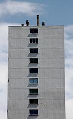 Y meuble (ZUHMHA) Tags: marseille france urban urbain line geometry géométrie courbes curve matière texture sky nuage cloud fenêtres windows