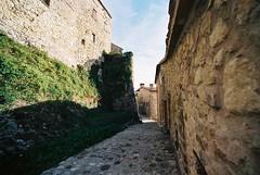 Petrella Guidi (goodfella2459) Tags: nikon f4 kodak ektar 100 35mm c41 film analog colour italy petrella guidi village buildings manilovefilm
