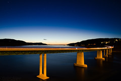Minnesund (Ståle Meyer) Tags: minnesund mjøsa mjosa bridge road highway travel wanderlust lightpainting lake river water blue orange sunset nikon akershus eidsvoll norge norway e6 reflection car longexposure nightshot nightsky stars nightscape night