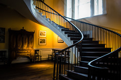 """Nathaniel Russell House"" (Photography by Sharon Farrell) Tags: nathanielrussell nathanielrussellhouse usnationalhistoriclandmark nationalhistoriclandmark usnationalregisterofhistoricplaces nationalregisterofhistoricplaces historichouses americanarchitecture 51meetingstreet meetingstreet charleston charlestonsouthcarolina charlestonsc charlestowne historiccharleston historiccharlestonfoundation southofbroadstreet staircase spiralstaircase ellipticalspiralstaircase ellipticalstaircase windingstaircase cantiliveredspiralstaircase stairscape stairporn federalstylearchitecture threestorystaircase"