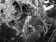 L'arco naturale (paologmb) Tags: 24mm hole magnum capri discover nature italy arconaturale sea nationalgeographic travel leicamtyp240 vertigo perspective blackandwhite contrast blancnoir