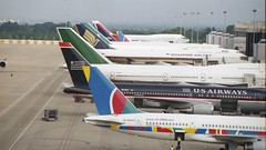 G-OOOY 2000 MAN (Dub ramp) Tags: svspj goooy tfati n649us singaporeairlines airatlanta air2000 usairways egcc man manchester boeing747 b747400 b747300 b743 b744 b757 b757200 b752 b767 b767200 b762