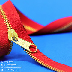 #5 Metal Brass Zipper & Slider (tonizippers) Tags: zippers zipper zip tonizippers sliders slider metal manufacturers manufacturer brass toni tonislider tonisliders teeth tape