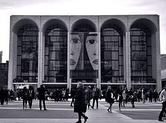 """Cosi Fan Tutte"" (Lincoln Center Plaza) (sjnnyny) Tags: stevenj sjnnyny lincolncenter nyc people themet d750 afs24853545gedvr culturalcenter"