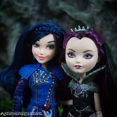 Daughter of the Evil Queen. #evie #sofiacarson #ravenqueen #everafterhigh #descendants (GrayskullWarriorToys) Tags: evie sofiacarson ravenqueen everafterhigh descendants