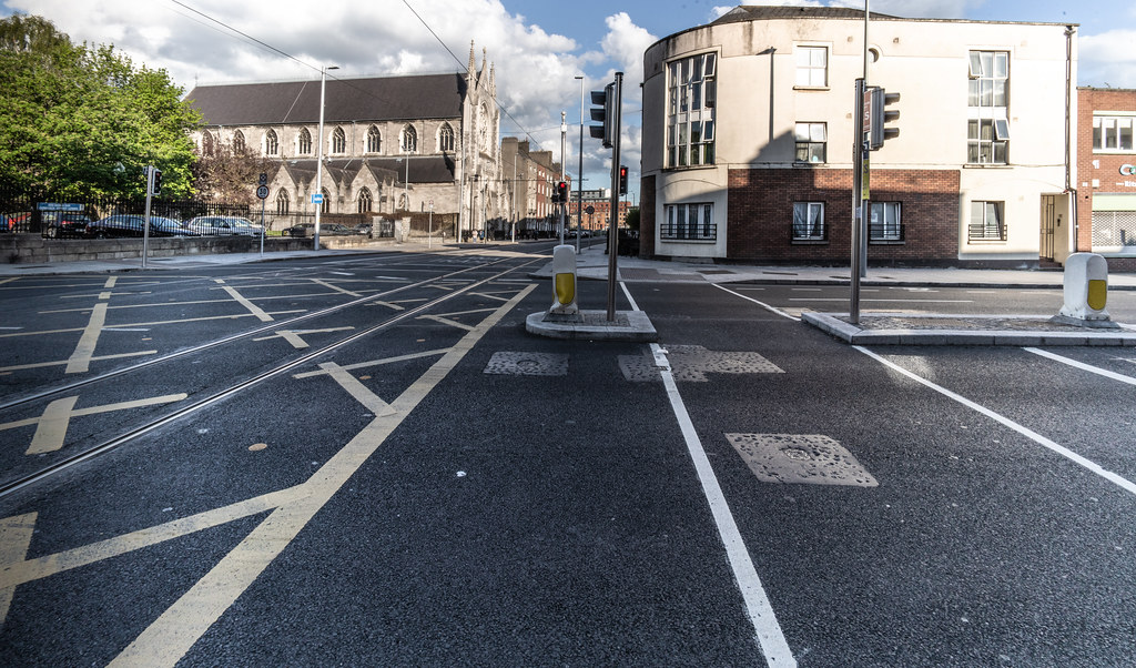 WHERE DOMINICK STREET CROSSES BOLTON STREET - DORSET STREET [MAY 2018]-139469