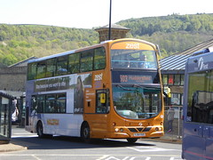 First West Yorkshire 32523 YJ54 XUO on 503, Halifax Bus Stn (sambuses) Tags: firstwestyorkshire zest 32523 yj54xuo