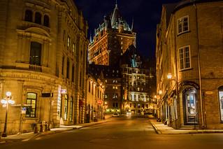 Le Old Quebec at night / Le Vieux-Québec la nuit