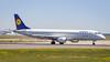 Embraer ERJ-190LR D-AECD Lufthansa CityLine (William Musculus) Tags: frankfurt am main airport frankfurtmain flughafen fraport eddf fra spotting daecd lufthansa cityline embraer erj190lr erj190100 lr regional