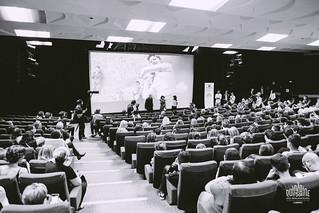 Public salle de la Licorne