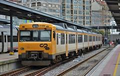 592 (firedmanager) Tags: comboiosdeportugal commutertrain 592 diesel tren train trena ferrocarril railtransport vigo renfe trencelta