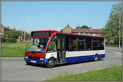 Meridians KX04 HPV (Jason 87030) Tags: optare solo kingsheath gladstoneroad town northampton northants red white blue color colour bus 31 may 2018