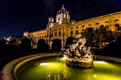 Wien 2017 - Kulturhistorisches Museum (karlheinz klingbeil) Tags: nacht night architektur antik statue sculpture old austria skulptur city alt vienna österreich stadt wien at