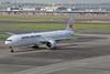 JL B77W JA735J (EddieWongF14) Tags: japanairlines boeing boeing777 boeing777300er boeing777346er b777 b77w 777 77w 777300er 777346er ja735j hnd rjtt tokyointernationalairport hanedaairport