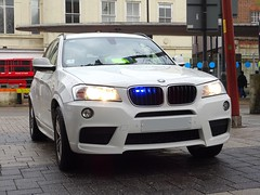 West Midlands Police Unmarked BMW X3, Walsall Town Centre. (Vinnyman1) Tags: west midlands police unmarked bmw x3 dtu driver training unit bronze command operations wmp rpu roads policing road crime walsall birmingham emergency services service rescue 999 train station town centre edl english defence league far right demo demonstration