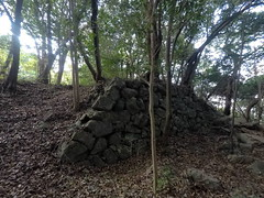 Kita maru Nyagura vSW _orig_LG2 (Hazbones) Tags: iwakuni yamaguchi yokoyama castle kikkawa suo chugoku mori honmaru ninomaru demaru wall armor samurai spear teppo gun matchlock map ropeway