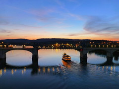 bridge and boat (army.arch) Tags: chattanooga tennessee tn evening dusk bridge boat ship water river sunset historic historicpreservation nrhp nationalregister nationalregisterofhistoricplaces bascule