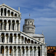 Pisa, Campo dei Miracoli (pom'.) Tags: panasonicdmctz101 pisa toscana italia italy europeanunion torrependente duomo leaningtower april 2018 tuscany 100 200 300 400 500 5000