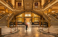 The old man and post office (reinaroundtheglobe) Tags: mexico mexicocity mexicocitydf cdmx postoffice architecture metalstairs stairs framing 1person historicalbuilding