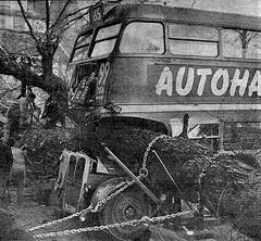 London transport RT472 Feb 6th 1961 Ealing. (Ledlon89) Tags: rt rtbus aecregent leylandtitan rtw london bus buses lt lte londonbus londonbuses vintagebuses oldlondon londontransport transport