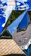 Taumascopio (Art de Lux) Tags: zingst maxhüntenhaus skulptur sculpture taumascopio mattiapacorizzi metall metal spiegelung reflection blau blue grün green abstrakt abstract canon eos350d ef70200f4