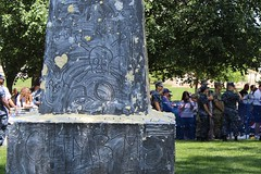 """""""Stop Trying"""" """"Your Efforts Are Futile"""" Skull & Crossbones """"Rah 20"""" """"Climb Me!"""" (Piedmont Fossil) Tags: usna us united states naval academy annapolis maryland herndon monument climb plebe"""