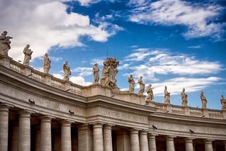Los pilares de la Tierra. Ciudad del Vaticano. Roma.
