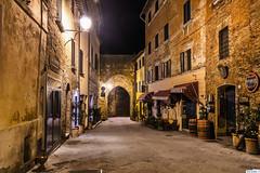 Montepulciano_09364 (eulel) Tags: italien italy langzeitbelichtung montepulciano nachtaufnahme night toskana tuscany toscana