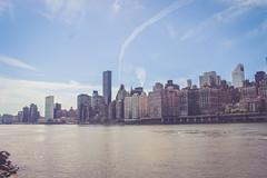 Skyline 1 (Avaiyang) Tags: brooklynbridge nyc ny nycphotographer newyorkcity newyorker manhattan nyclife newyorkworld oneworldcenter brooklyn dumbo newyorklife nycityworld nightlife skyline lights eastriver