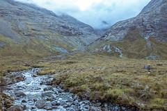 Fairy River (OscarAsenjoHuete) Tags: contaminaciónaérea scotland europa escocia montañas polución niebla reinounido fairypools river entorno