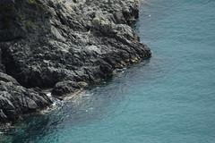 MARE E TERRA (pasqualetassone) Tags: mare montauro sea scogliera spiaggia summer vacanze
