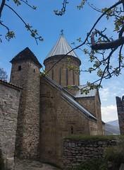 Ananuri (Giorgi Natsvlishvili) Tags: mtskhetamtianeti georgia church churchofthevirgin orthodoxchurch ananuri tower photography travelphotography history landmark
