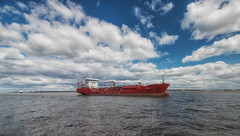 UNIBALTIC: Azuryth (Rob Pitt) Tags: unibaltic azuryth polarising filter 1018mm merseyside wirral cheshire clouds river mersey oil tanker 750d canon