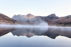 IMG_7019 (Warren D) Tags: langdalepikes bleatarn langdales lakedistrict cumbria lake tarn mountain mist landscape sunrise firstlight reflections